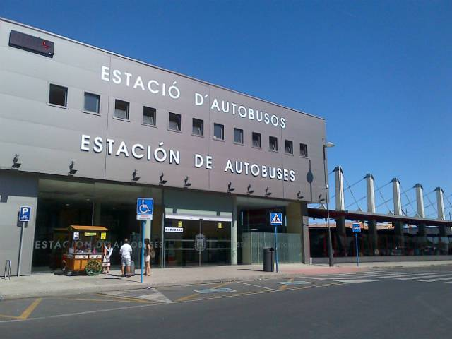 Transfers to airport in Alicante and Murcia with TaxiCosta